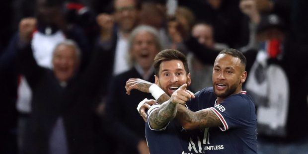 Messi first goal psg